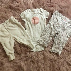 Carters onesie t-shirt with 2 pairs matching pants